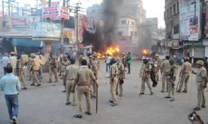 Violence in Varanasi, curfew imposed, 29 arrested