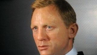 LOL! TV Presenter mixes up Craig David & 'James Bond' star Daniel Craig