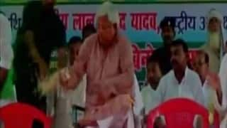 Fan falls on Lalu Prasad Yadav on during Bihar election campaign