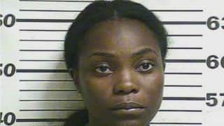 Mississippi mother charged with stabbing 3-year-old child (Video)