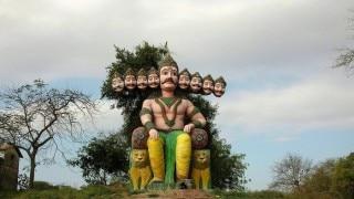 Dussehra 2020: यहां पर रावण की होती है खास पूजा मानते हैं अपना दामाद, जानें क्यों खास है ये रिश्ता
