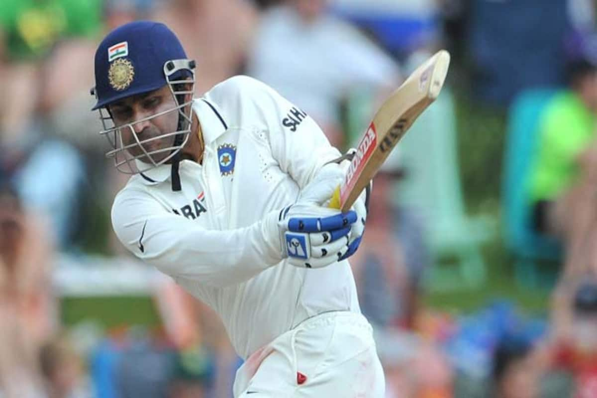 Virender Sehwag scores 100 on Test debut vs South Africa – Watch ...