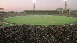উৎসবের মরশুমে কলকাতায় ক্রিকেট-বৃষ্টি, ক্রিকেট পৌঁছল গুয়াহাটিতেও