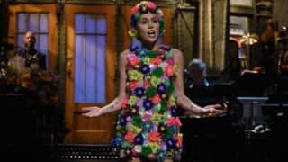 Here's why 'emotional' Miley Cyrus broke into tears during SNL gig