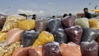 Maharashtra orders release of seized pulses to bring down prices