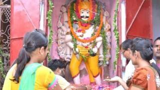 इस मंदिर में दशहरे के दिन होती है रावण की पूजा
