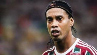 Ronaldinho escapes unhurt from car accident