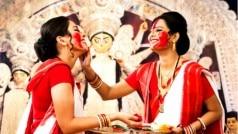 Durga Puja 2020: दुर्गा पूजा दौरान क्यों होती है सिंदूर खेला की रस्म, यहां जानें इसका महत्व