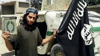 Paris attacks suspect Salah Abdeslam extradited to France