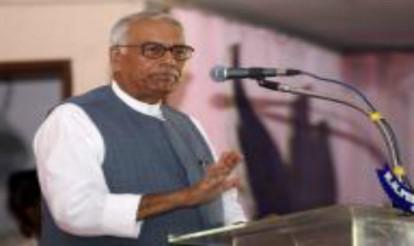 Yashwant Sinha meets L.K. Advani, M.M. Joshi