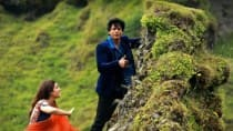 Kajol saved Shah Rukh Khan's life during Dilwale shoot: Watch Gerua making to believe!