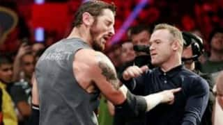 WWE: Wayne Rooney, Manchester United captain on Raw, slaps Wade Barrett