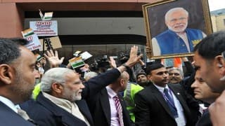 Narendra Modi in UK: David Cameron welcomes Indian PM with special video message from British Indians!