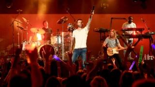 Maroon 5 to headline North America tour in winter 2016