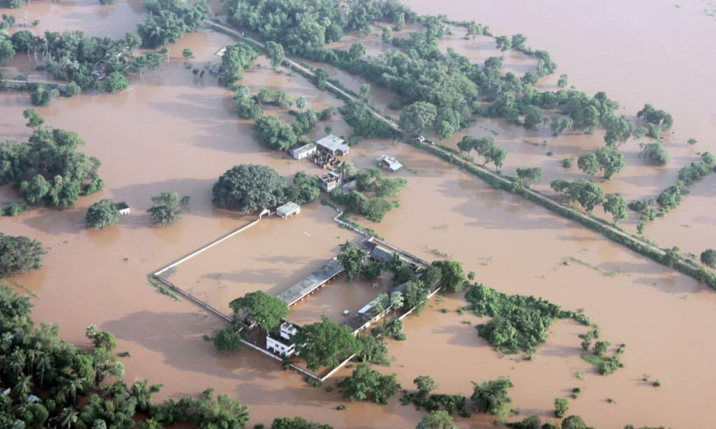 80 000 affected by floods in sri lanka   india
