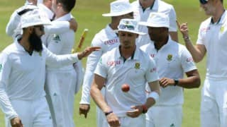South Africa looking for early Indian wickets