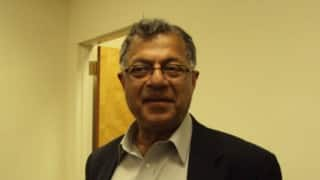 Girish Karnad offers apology over remarks on Kempegowda