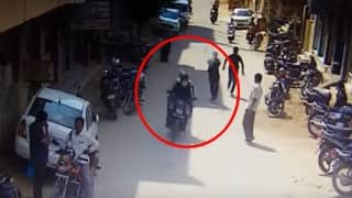Anti-chain snatching team opens fire at chain snatchers in Hyderabad (Watch Video)