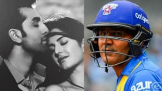 Virender Sehwag sings Ranbir-Kat's 'Tu Jaane Na' before hitting next ball for six! Watch Video