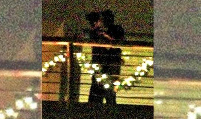 कैटरीना और रणबीर ने किया KISS, तस्वीर हुई वायरल