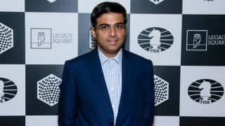 Indian chess Grandmaster Viswanathan Anand helps of flood-hit Chennai residents