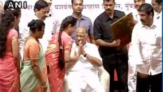 Sharad Pawar celebrates 75th birthday with NCP workers