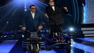 Amitabh Bachchan, Dharmendra reunite for 'Jai-Veeru' magic on TV show