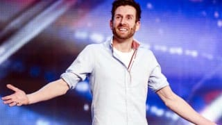 Amazing! Best Card Magic Trick by Jamie Raven on Britain's Got Talent