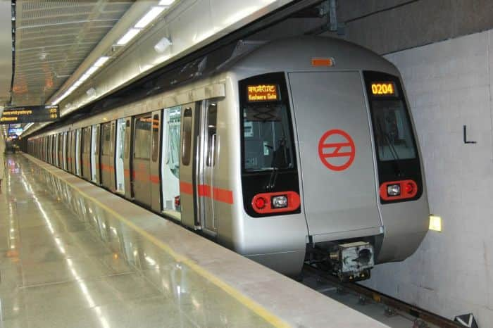 Delhi Metro Train Services Hit on Red Line Between Dilshad Garden And ...