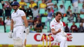 Dale Steyn strikes to put brakes on England fightback