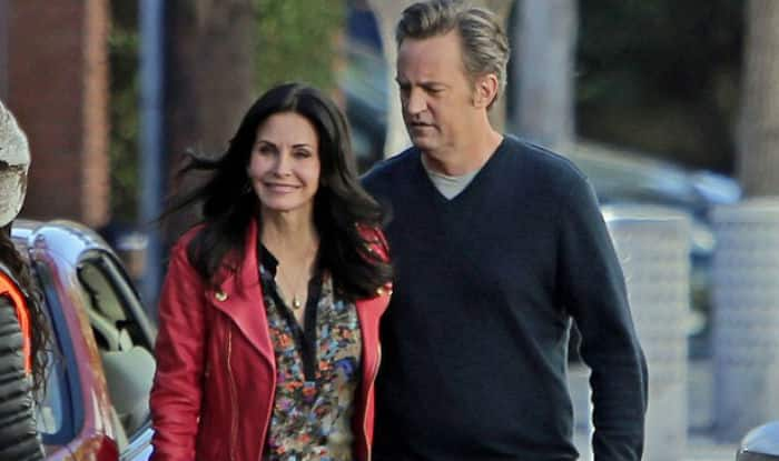 Courteney cox dating matthew perry