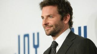 Bradley Cooper comes to little girl's rescue