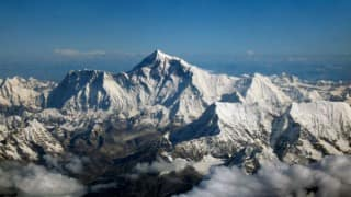 Mount Everest getting warmer, glaciers shrinking: research