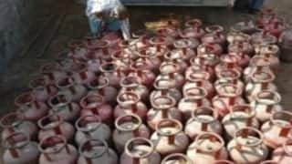 No LPG subsidy to consumers having taxable income over Rs 10 lakh