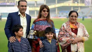 Virender Sehwag skips MS Dhoni's name in speech at BCCI felicitation in Kotla