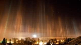 China witnesses rare natural light pillars on New Year's Eve