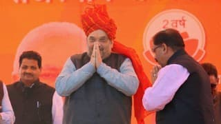 Amit Shah breaks bread with Dalit family