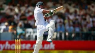 AB De Villiers out after long stand