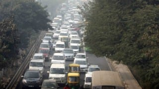 Odd-Even 3: Delhi Govt Ends Exemption to CNG Vehicles, Relief Still Applicable on Women