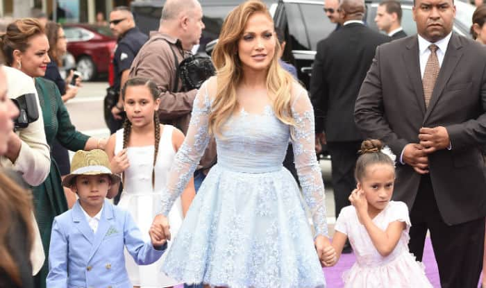 Jennifer Lopez Stuns On 'InStyle' Magazine Cover; Talks Motherhood, Love Life