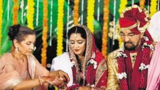 Kabir Bedi marries partner Parveen Dusanj on 70th birthday (View pics)