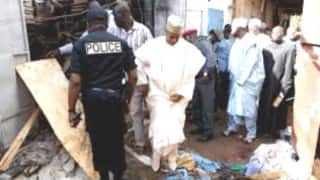 2 female suicide bombers attack Cameroon mosque, killing 10