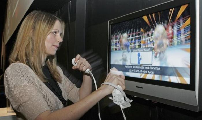 घर में मरते रहे लोग और यह महिला खेलती रही विडियो गेम