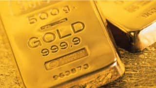 Four kg gold seized; three detained