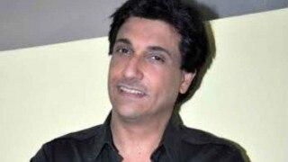 Shah Rukh Khan used to stand outside my dance classes for Gauri: Shiamak Davar