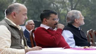 Arvind Kejriwal, Lt Governor Najeeb Jung seated together at Rajpath Republic Day function