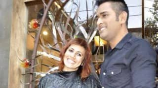 M S Dhoni wishes Sapna Bhavnani a happy birthday - fans mistake it for the Indian captain's birthday! How foolish