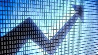 US stocks trade mixed