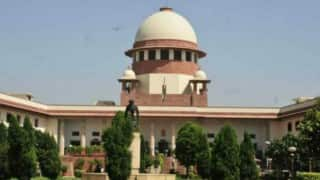 Supreme Court refuses to stay contempt notice of High Court against Arundhati Roy