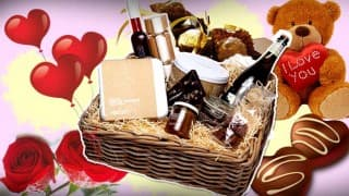 12 Chocolate cosmetic gifts for your girlfriend that will earn you brownie points this Valentine!